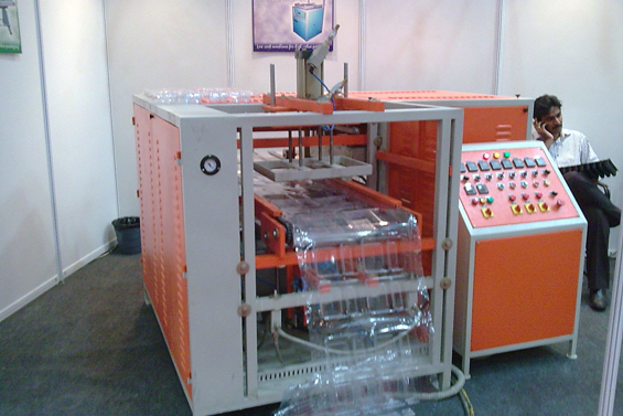 Automatic Vacuum Forming Machines