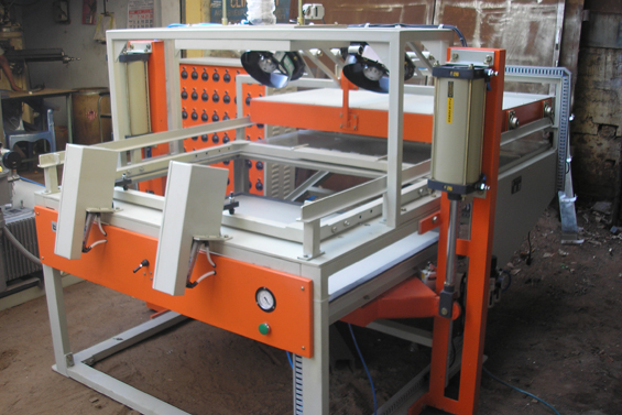 Vacuum Forming Machine Special Purpose Machine for Thicksheet Application